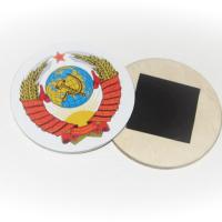 Основа - фанера шлифованная сорт I/II, виниловая наклейка. Крепление - виниловый магнит.