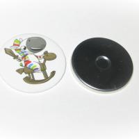 Использованы заготовки закатных магнитов диаметром 56 мм - металлический корпус.  Полиграфическая вставка (вкладыш).