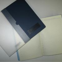 Ежедневник недатированный Portobello Trend Latte, цвет обложки темно-синий, страницы бежевые, индивидуальная упаковка. На обложке есть плашка от тиснения, возможно изготовление Вашего индивидуального шильда по размеру плашки с монохромным или полноцветным изображением.  В наличии 20 шт. Цена реализации  355 руб./шт.
